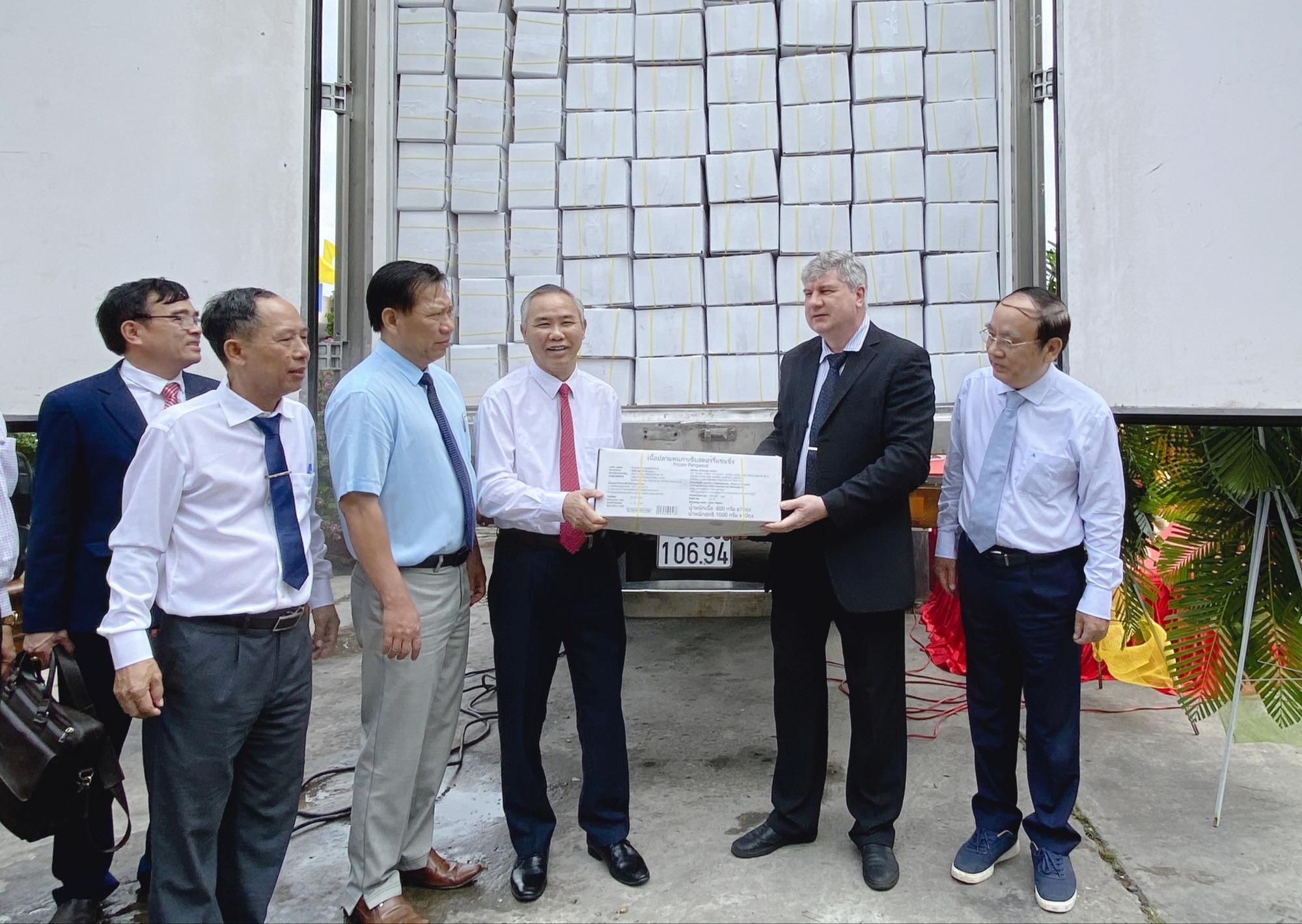 An Giang: Công bố lô sản phẩm cá tra xuất sang EU, Trung Quốc, Trung Đông  - Ảnh 1.