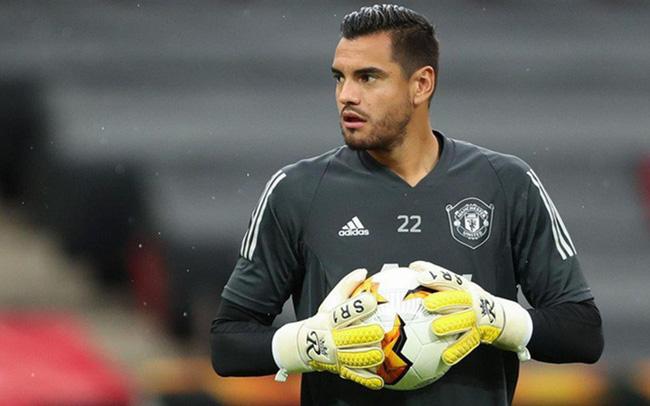 Romero không hài lòng với cách đối xử của M.U
