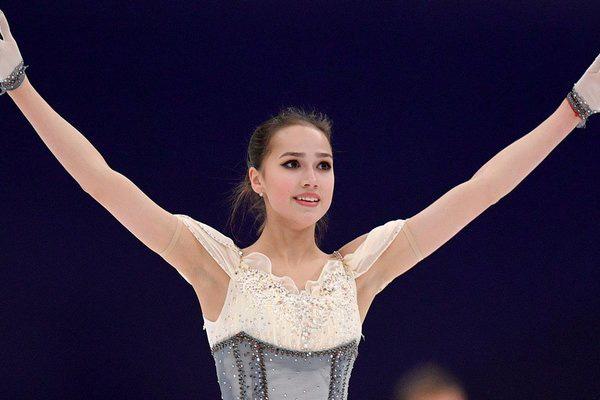 """Vẻ đẹp gây sốt của """"cô gái vàng"""" của làng thể thao Nga - Ảnh 3."""