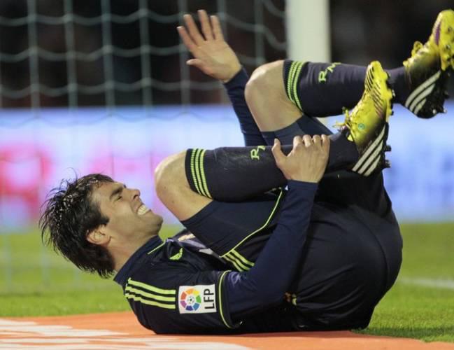 """5 siêu sao bóng đá bị chấn thương phá hủy sự nghiệp: Có Rô """"béo"""", Kaka - Ảnh 4."""