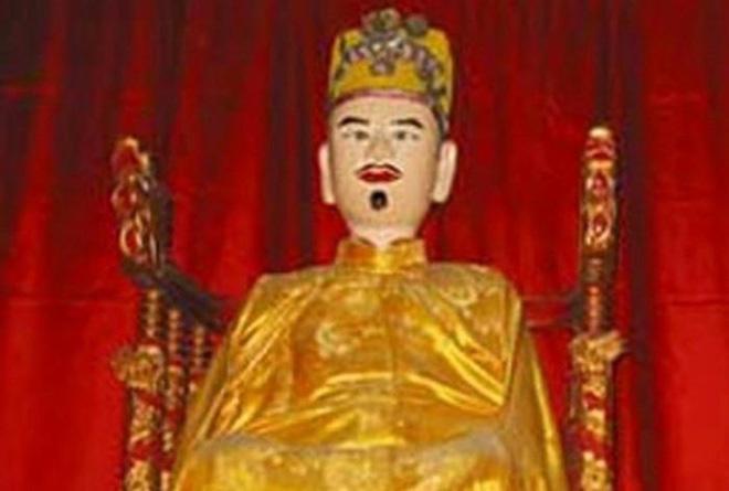 """Ông vua Việt mắc bệnh """"người sói"""", bị nhốt trong cũi vàng là ai? - Ảnh 4."""
