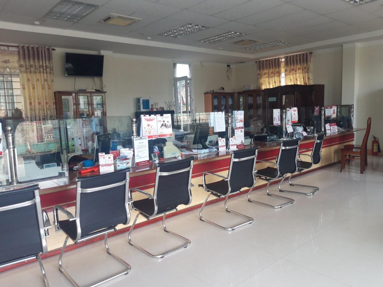 Agribank Quảng Ngãi: Khắc phục hậu quả thiên tai, ổn định hoạt động phục vụ khách hàng - Ảnh 6.