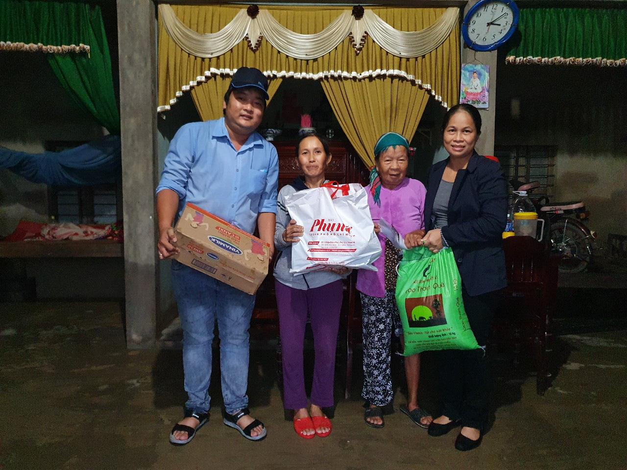 Người lao động Vinamilk góp gần 4 tỷ đồng ủng hộ nạn nhân bão lũ miền Trung - Ảnh 5.