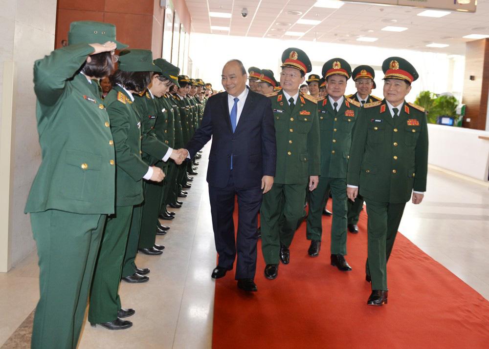 Viện trưởng và giám đốc của 2 đơn vị thành lập mới ở Bệnh viện 108 có quân hàm cao nhất là Thiếu tướng  - Ảnh 1.