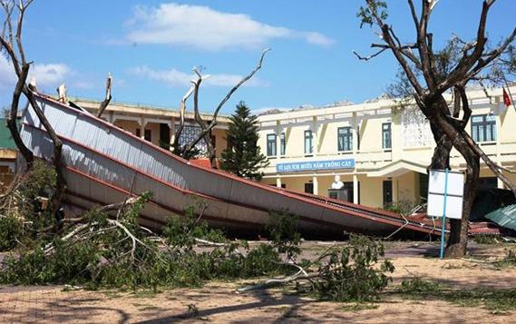 Khắc phục bão số 9: Quảng Ngãi nhận ủng hộ gần 6 tỷ đồng ngay tại buổi phát động  - Ảnh 2.
