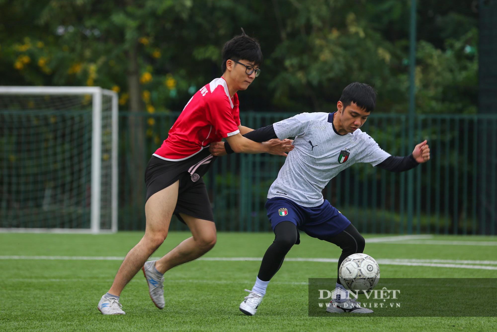 Khoảnh khắc lượt trận cuối cùng vòng bảng giải bóng đá báo NTNN/Dân Việt  - Ảnh 17.