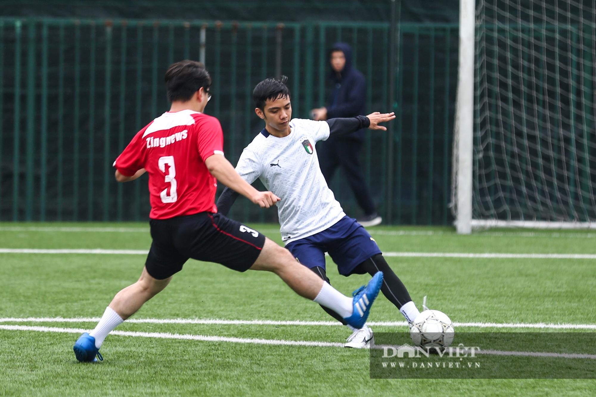 Khoảnh khắc lượt trận cuối cùng vòng bảng giải bóng đá báo NTNN/Dân Việt  - Ảnh 19.