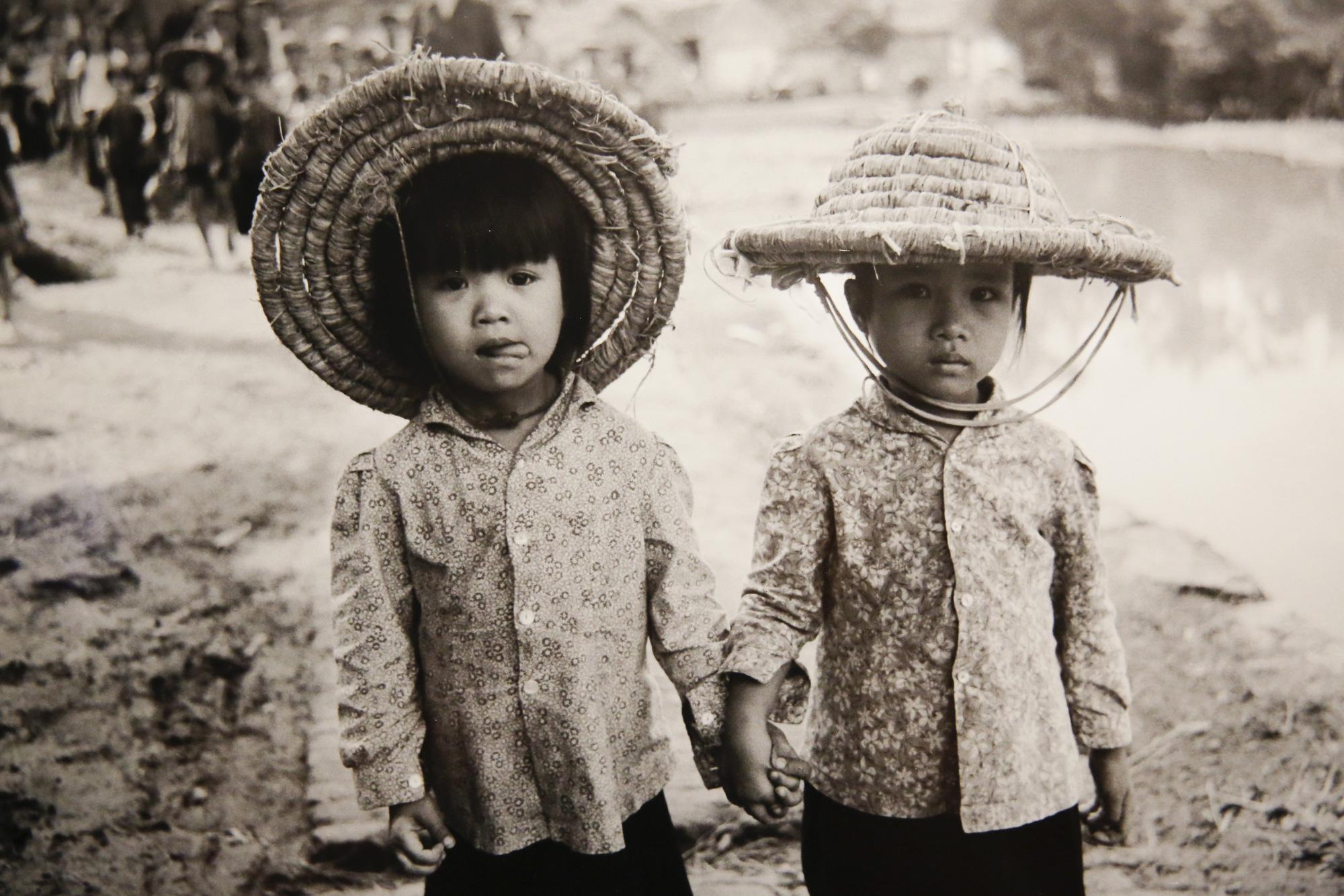 Đại sứ Đức tại Việt Nam tham dự triển lãm ảnh đặc biệt về Hà Nội - Ảnh 13.