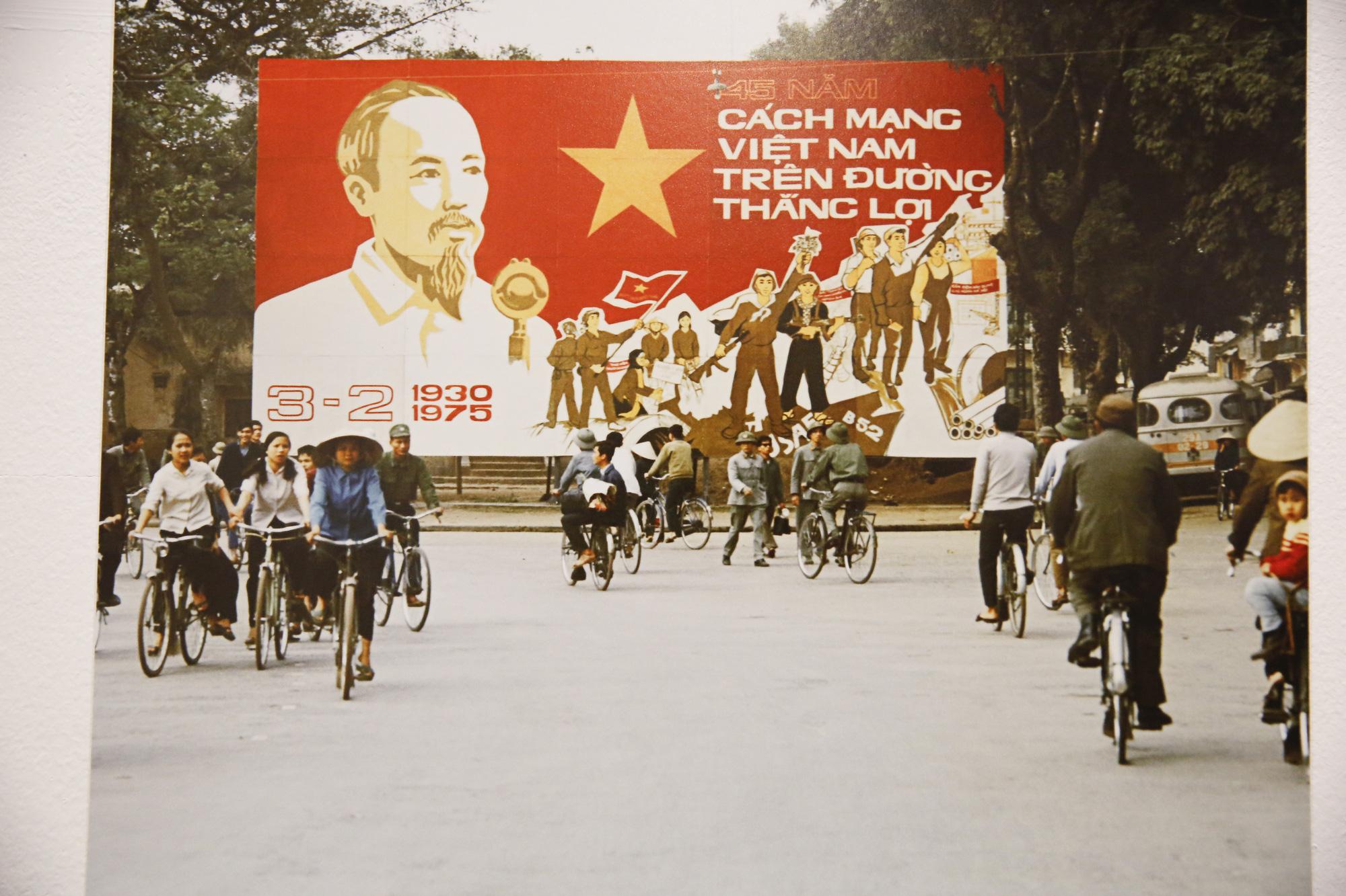 Đại sứ Đức tại Việt Nam tham dự triển lãm ảnh đặc biệt về Hà Nội - Ảnh 14.
