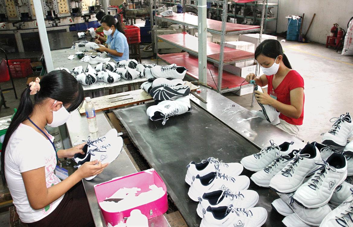 Chưa có doanh nghiệp nào tiếp cận gói vay vốn 0% để trả lương người lao động - Ảnh 1.