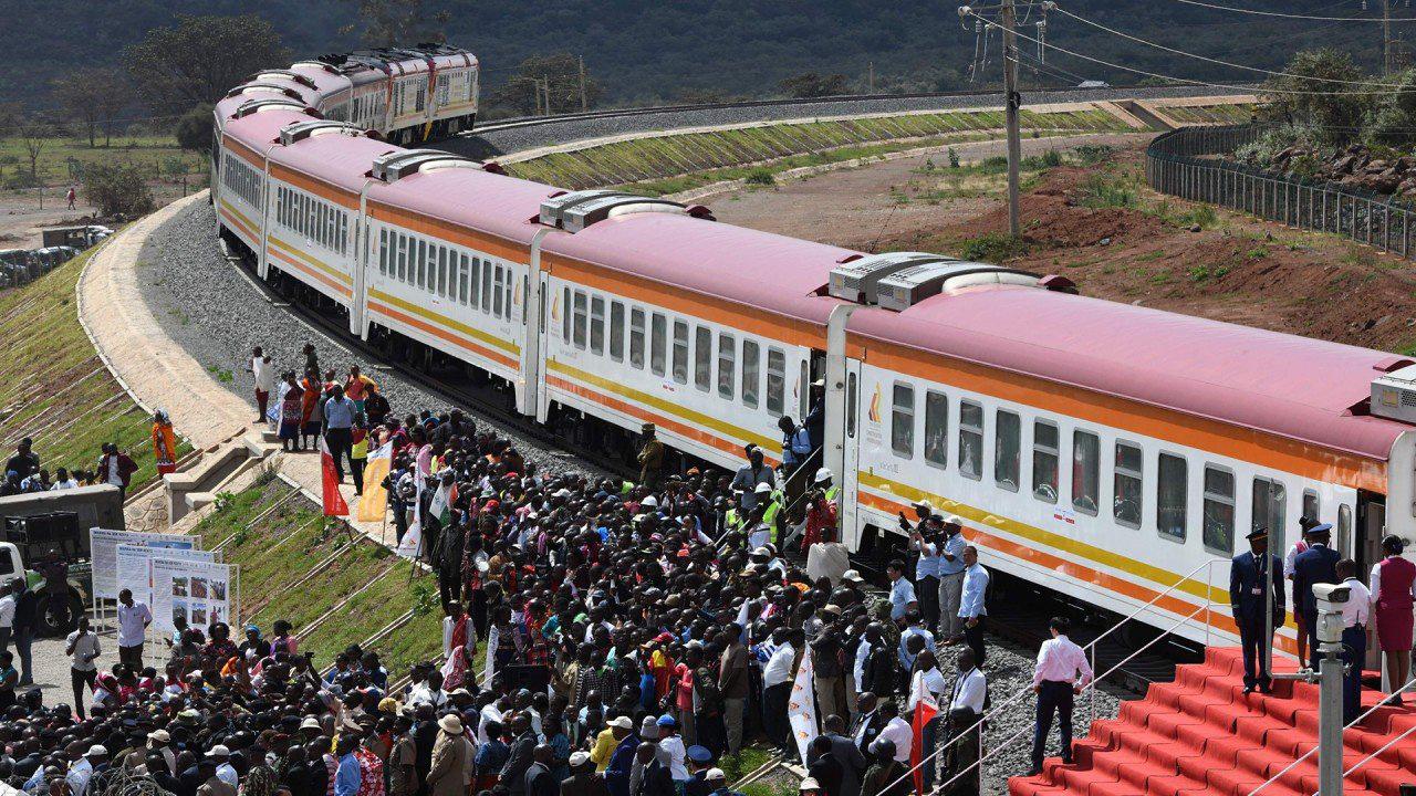 Sáng kiến Vành đai và Con đường: Kenya khó trả nợ, tìm cách đàm phán lại với Trung Quốc - Ảnh 1.