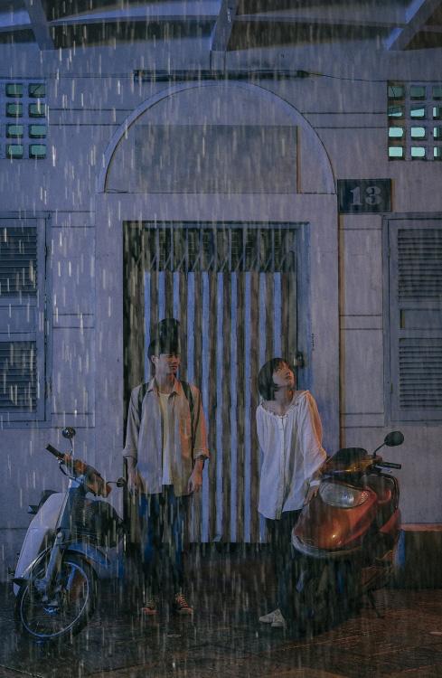 """""""Sài Gòn trong cơn mưa""""  thừa thắng xông lên với thí sinh bị giành giật ở Giọng hát Việt và nàng thơ Sơn Tùng - Ảnh 5."""