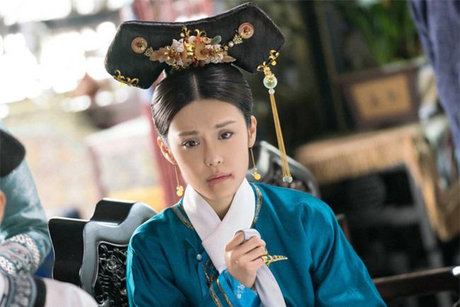 Nàng phi tần xuất thân danh gia vọng tộc bị Hoàng đế Càn Long chán ghét nhưng chịu an phận đến chết - Ảnh 2.