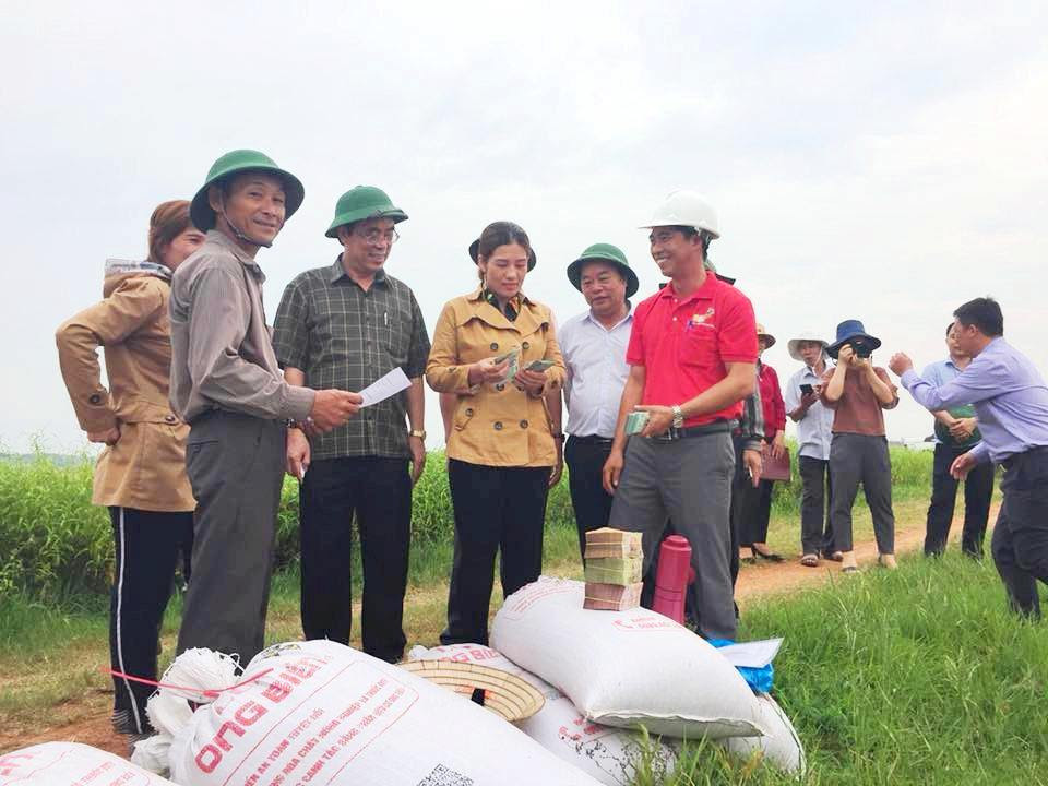 10 năm xây dựng NTM ở Quảng Trị - Kỳ 2: Muốn có nông thôn mới, phải tái cơ cấu nông nghiệp