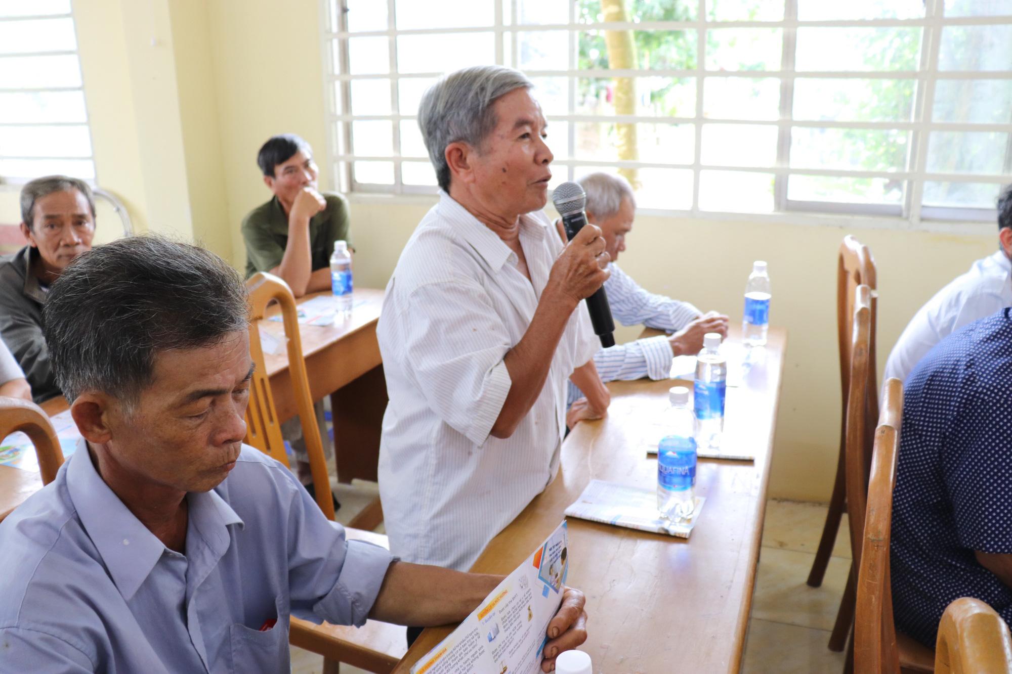 Đối thoại với nông dân về chính sách BHXH tự nguyện, BHYT - Ảnh 2.