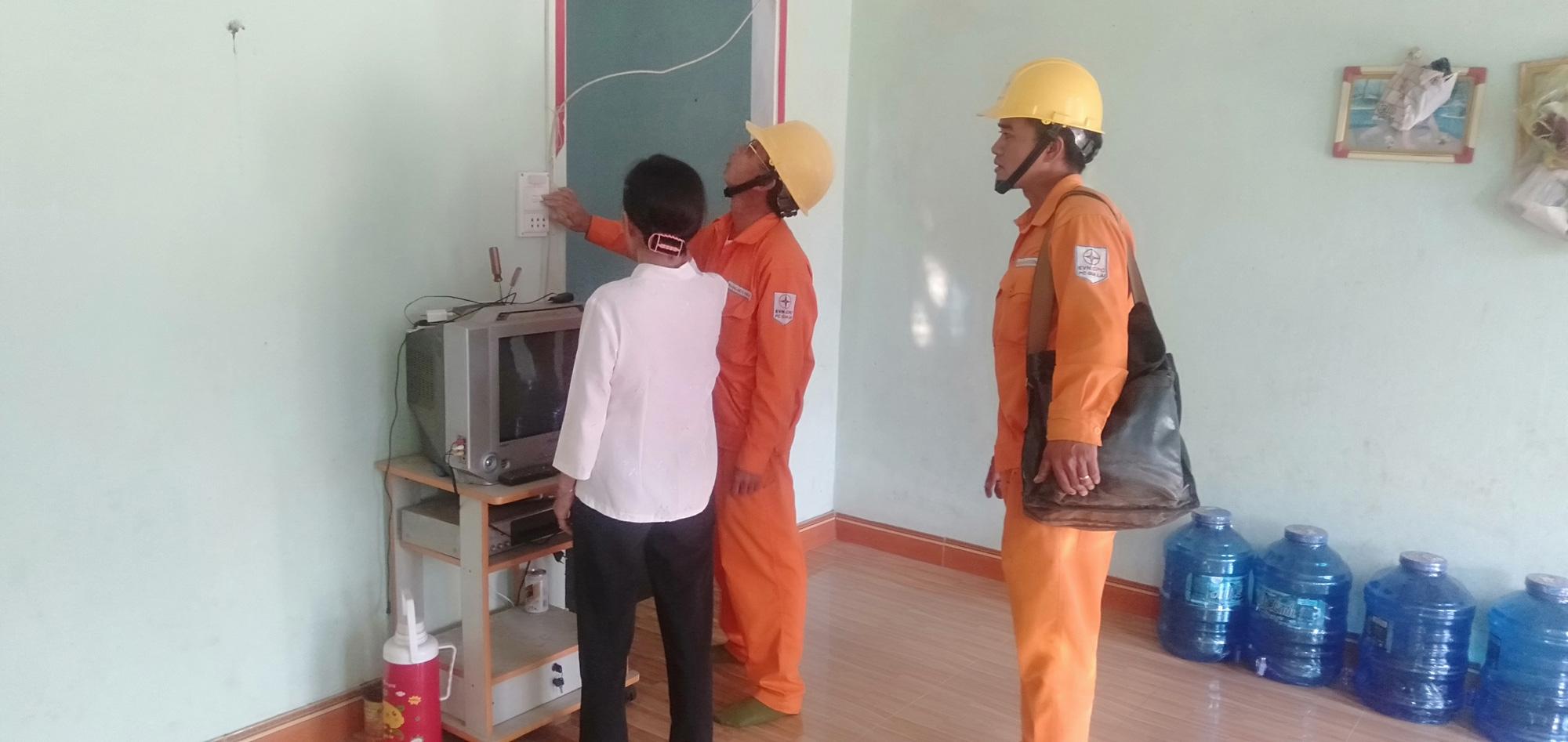 Điện lực Kbang - PC Gia Lai: Dân vận khéo gắn với xây dựng nông thôn mới - Ảnh 2.