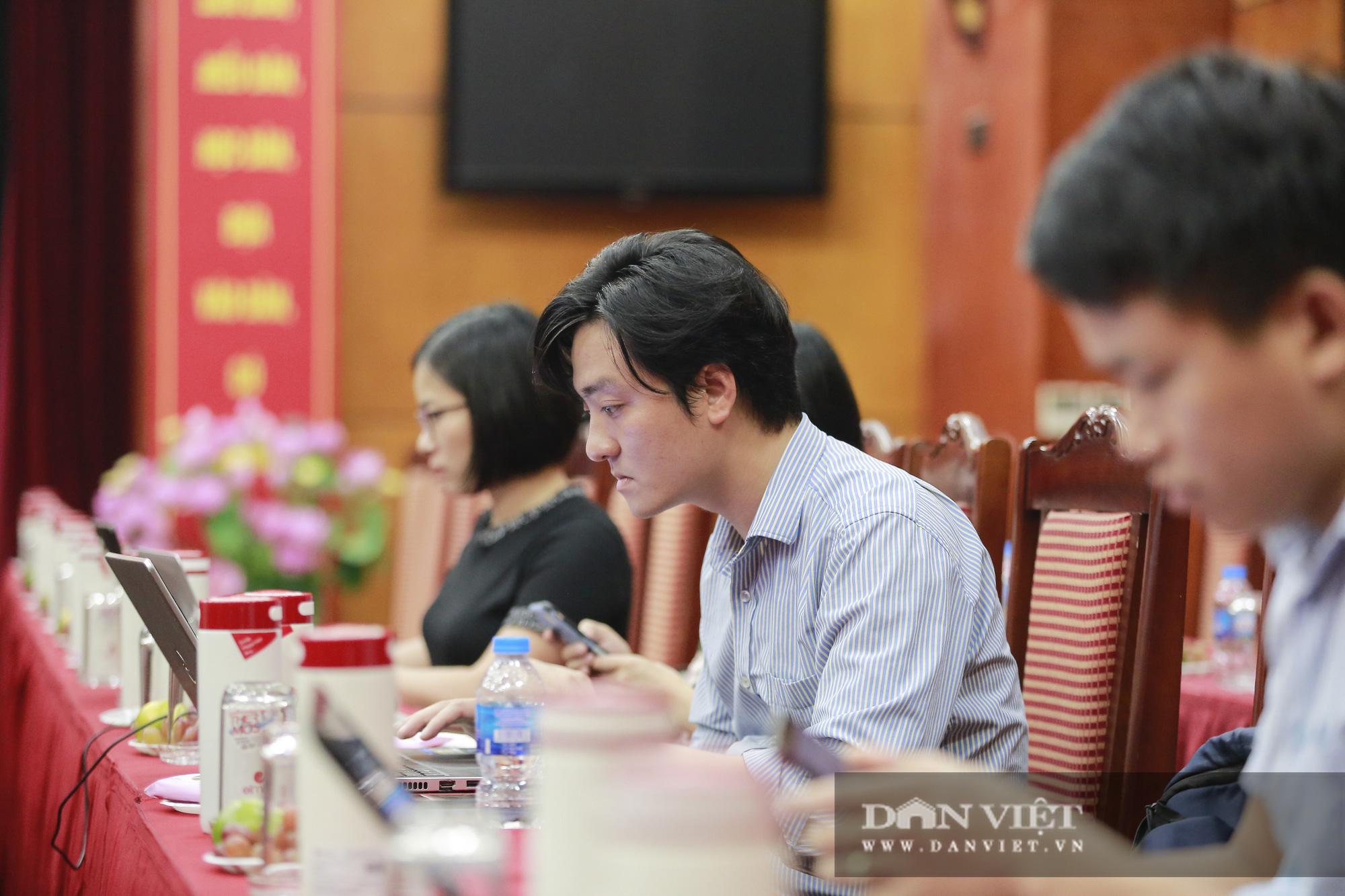 Toàn cảnh Họp báo kỷ niệm 90 năm Ngày thành lập Hội Nông dân Việt Nam - Ảnh 9.