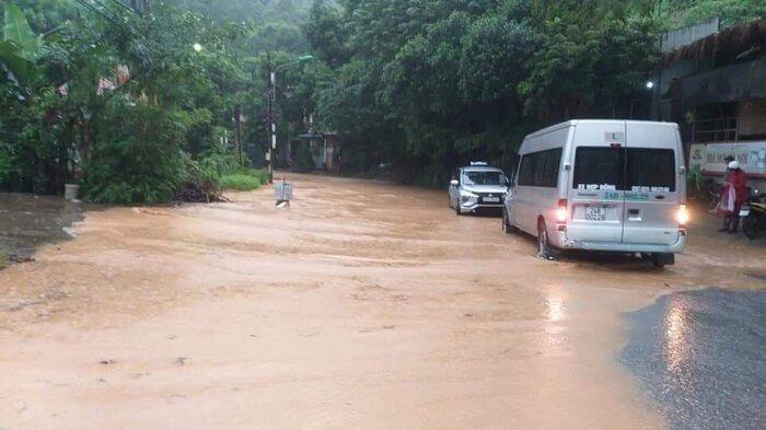 Hoàn cảnh thương tâm của gia đình bé gái 3 tuổi bị nước lũ cuốn tử vong ở Lào Cai - Ảnh 3.