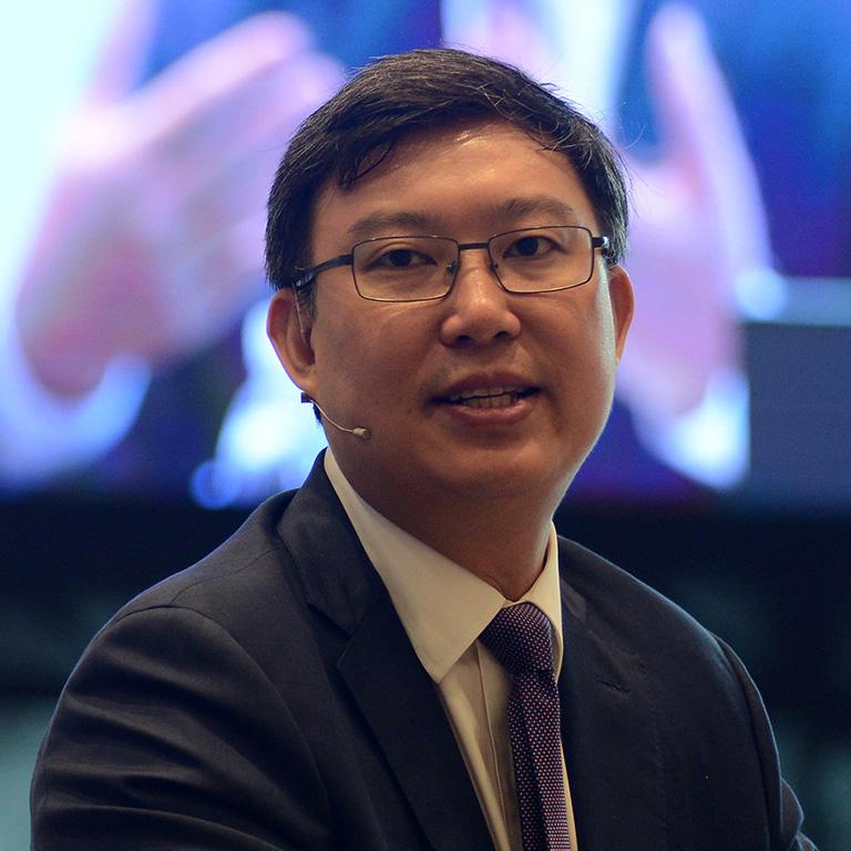 Giảng viên Đại học Fulbright Việt Nam Nguyễn Xuân Thành được bổ sung vào Tổ Tư vấn Kinh tế của Thủ tướng - Ảnh 2.
