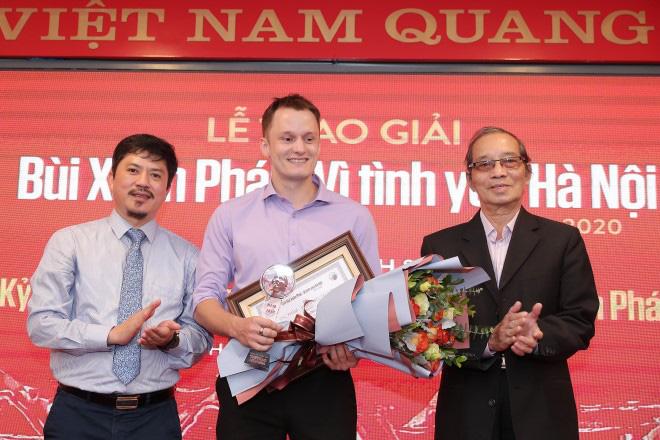 """""""Phố Nhà Thờ"""" & chàng Tây viết tiểu thuyết tiếng Việt - Ảnh 3."""