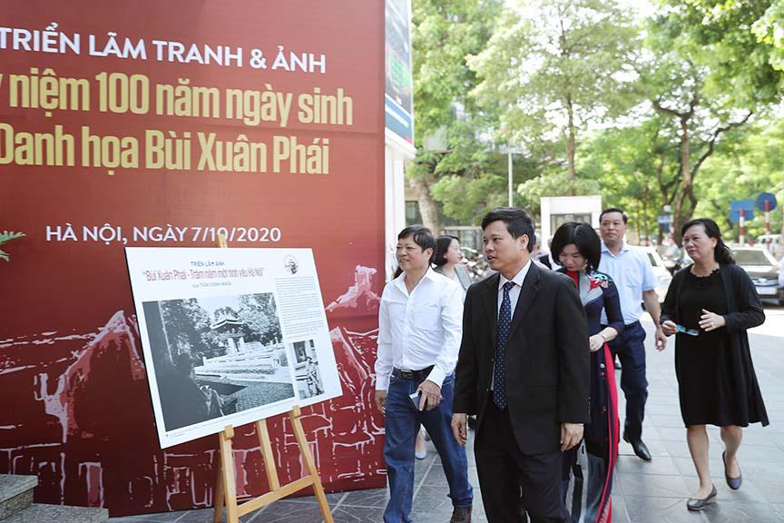Được vinh danh tại giải thường Vì tình yêu Hà Nội, nhưng nhạc sĩ Phú Quang không thể đến nhận - Ảnh 3.