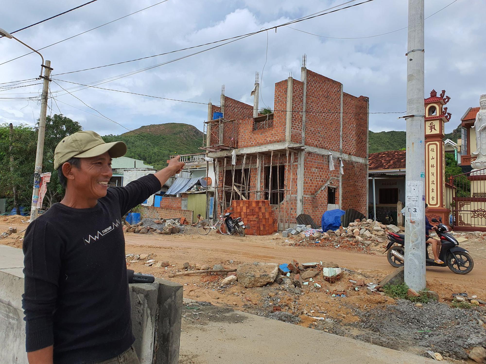 """Bình Định: """"Chạy đua""""… xây dựng kè biển 99 tỷ đồng bảo vệ cả làng chài - Ảnh 4."""