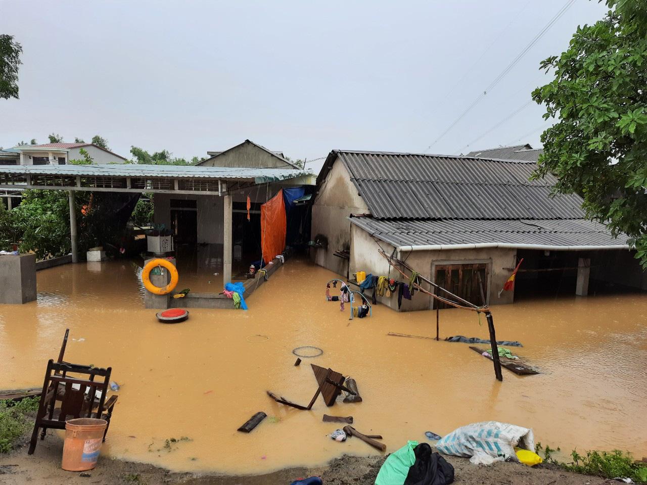 Quảng Trị: 7 người mất tích, 1 người chết, nước lũ đang rút chậm - Ảnh 4.