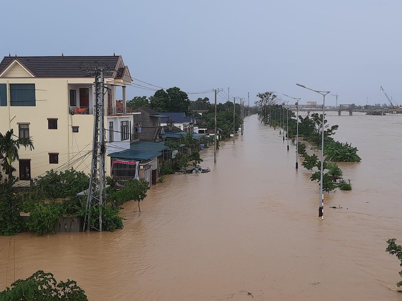 Quảng Trị: 7 người mất tích, 1 người chết, nước lũ đang rút chậm - Ảnh 3.