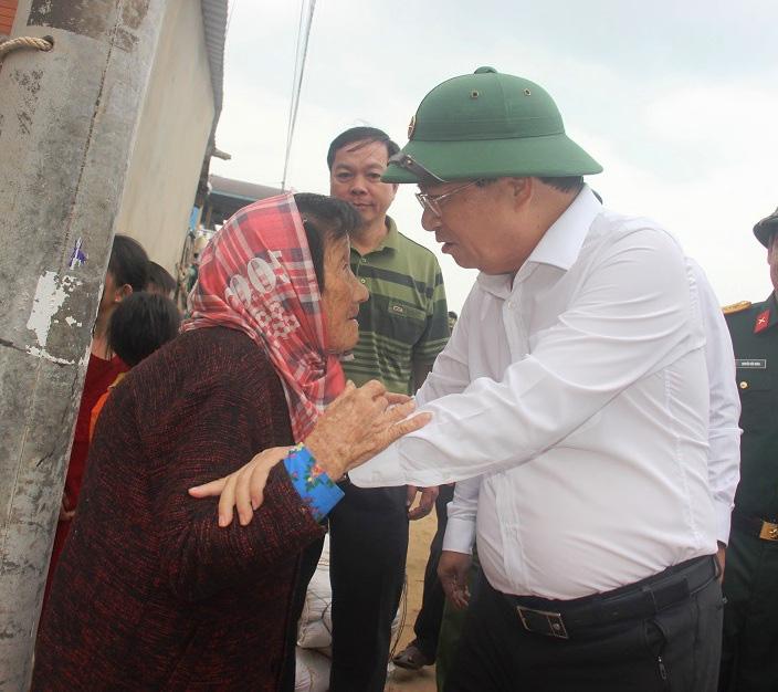 """Bình Định: """"Chạy đua""""… xây dựng kè biển 99 tỷ đồng bảo vệ cả làng chài - Ảnh 2."""