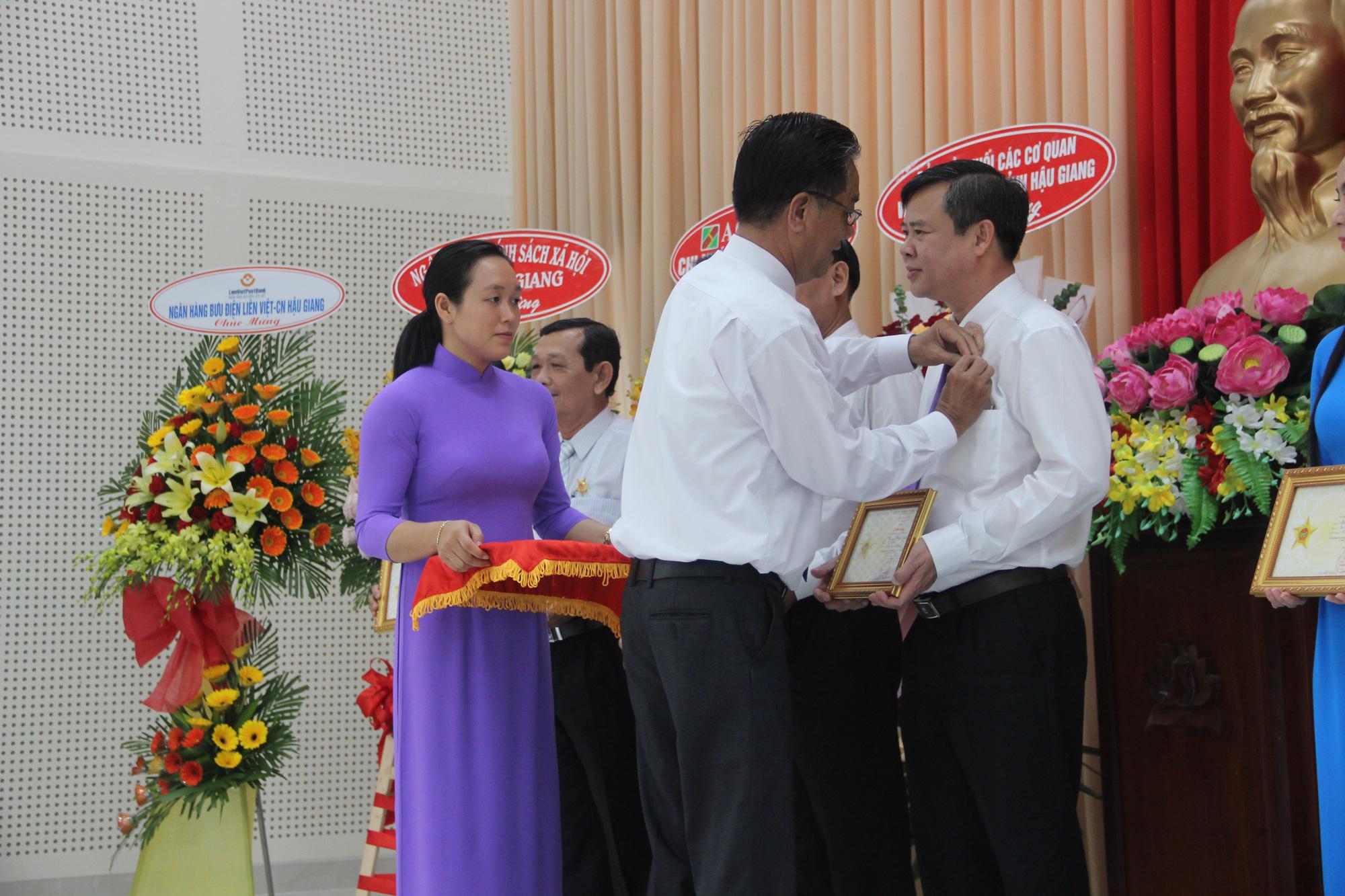 Hội Nông dân Hậu Giang: Họp mặt Kỷ niệm ngày thành lập Hội Nông dân Việt Nam - Ảnh 1.