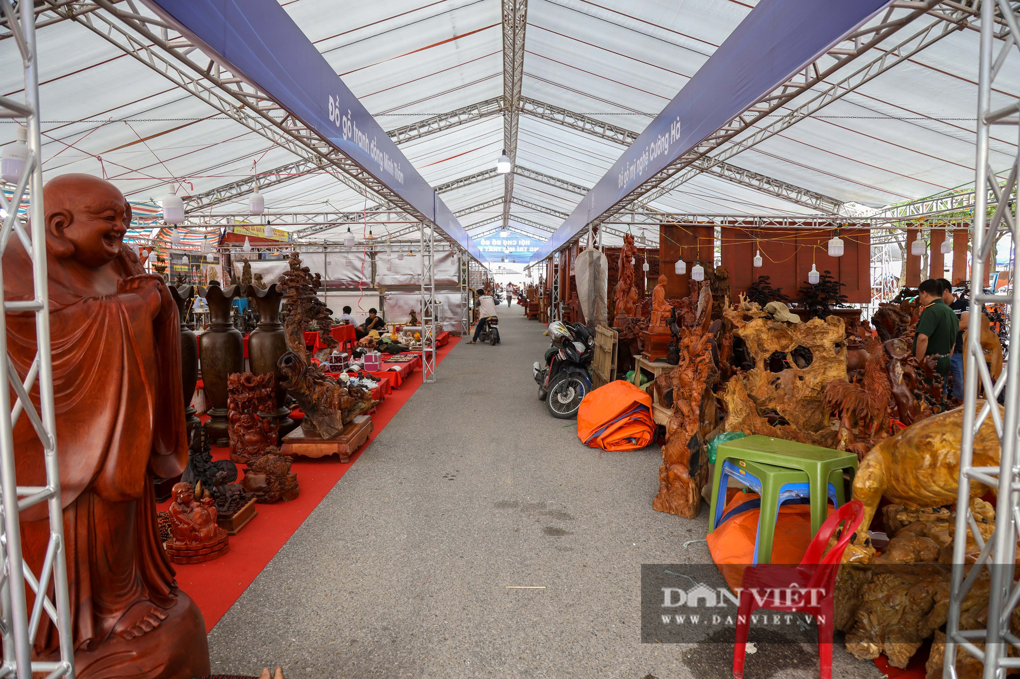 Ngỡ ngàng khúc gỗ 10 tỷ đồng ở hội chợ đồ gỗ Hà Nội - Ảnh 13.