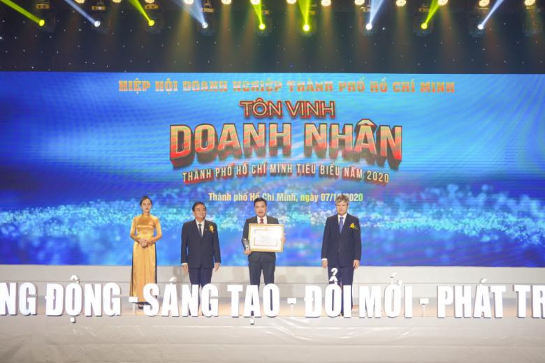 Tập đoàn Hưng Thịnh thắng lớn với loạt giải thưởng Doanh nghiệp, Doanh nhân TP.HCM tiêu biểu năm 2020 - Ảnh 2.