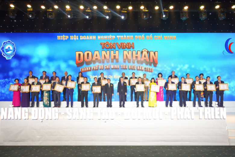 Tập đoàn Hưng Thịnh thắng lớn với loạt giải thưởng Doanh nghiệp, Doanh nhân TP.HCM tiêu biểu năm 2020 - Ảnh 5.