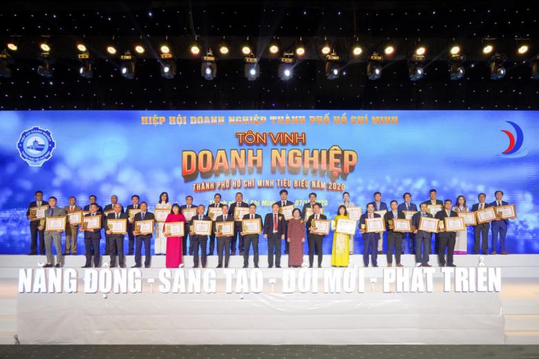Tập đoàn Hưng Thịnh thắng lớn với loạt giải thưởng Doanh nghiệp, Doanh nhân TP.HCM tiêu biểu năm 2020 - Ảnh 4.