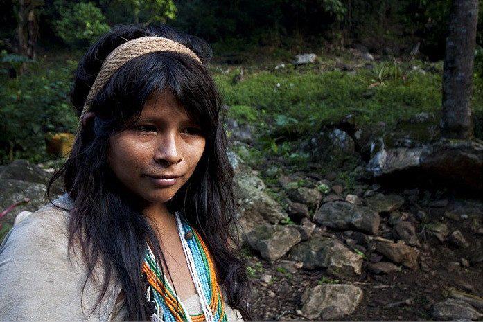 Bộ tộc sống giữa rừng sâu nhưng biết hết mọi việc khắp thế giới - Ảnh 14.