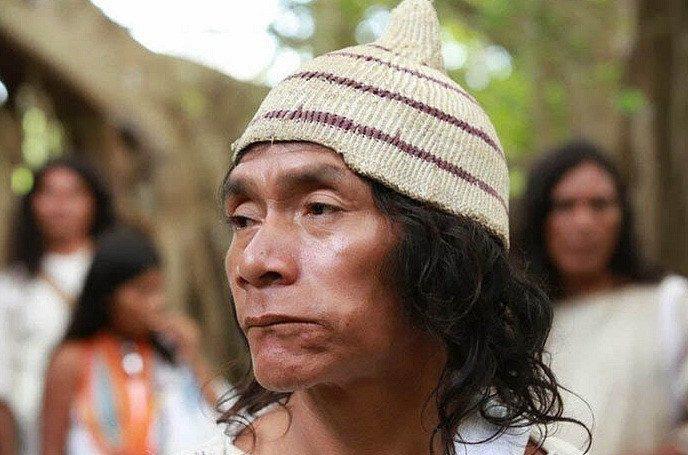 Bộ tộc sống giữa rừng sâu nhưng biết hết mọi việc khắp thế giới - Ảnh 6.