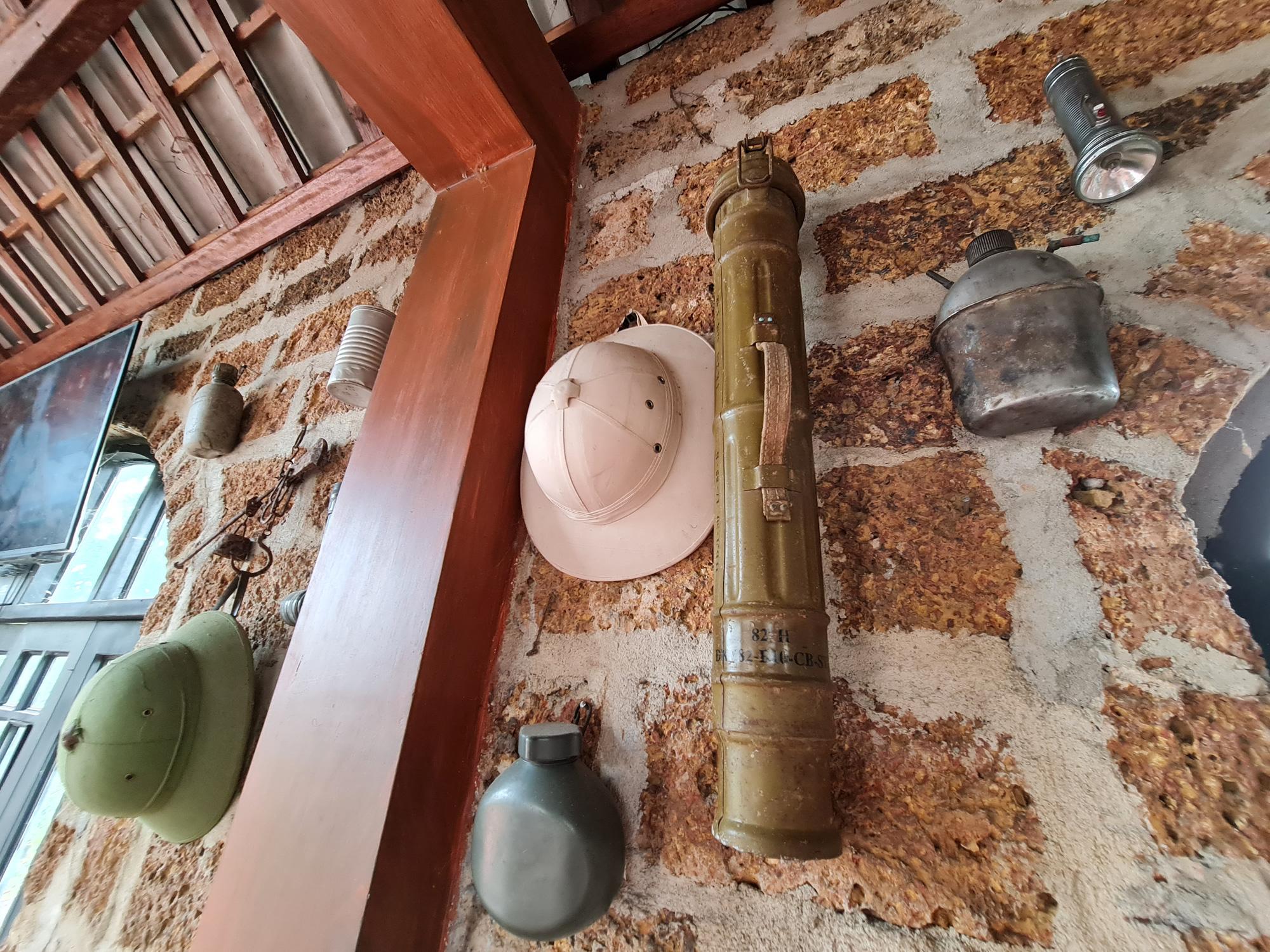Quảng Nam: Nhứt mắt với quán cà phê bằng đá ong và toàn đồ bỏ đi - Ảnh 19.