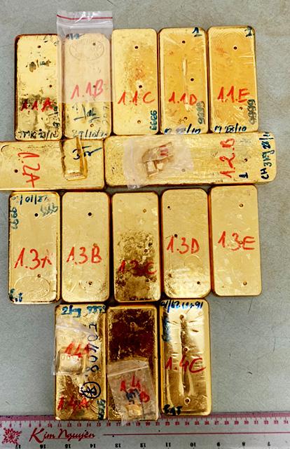 An Giang: Thêm ba đối tượng liên quan đến vụ vận chuyển 51kg vàng qua biên giới ra đầu thú - Ảnh 2.