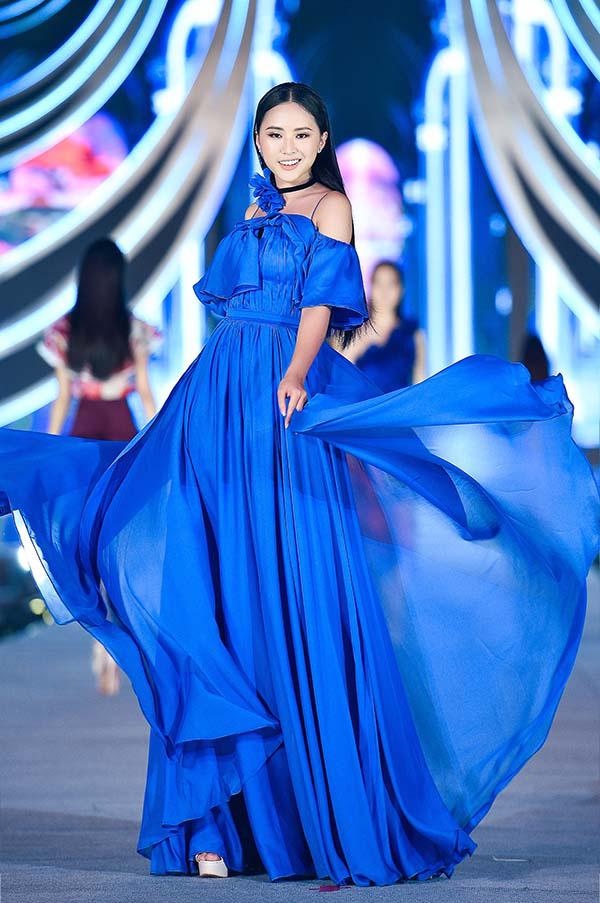 Hoa hậu Mỹ Linh vừa làm giám khảo, vừa catwalk cực đỉnh trong đêm thi Người đẹp thời trang  - Ảnh 7.