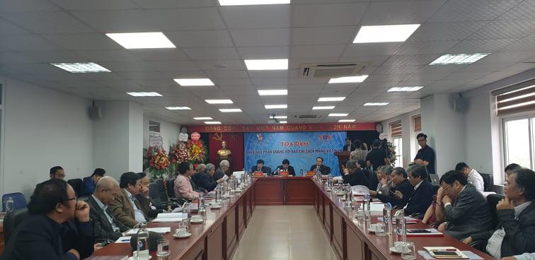 Nhà báo Phan Quang - tấm gương lao động không ngừng nghỉ - Ảnh 1.