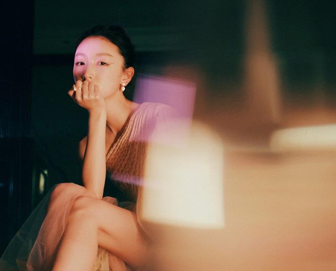 """4 mỹ nhân cổ trang Trung Quốc đời thường: Lý Thấm đẹp tựa nữ thần, Đàm Tùng Vận """"hack tuổi"""" như gái 18 - Ảnh 8."""