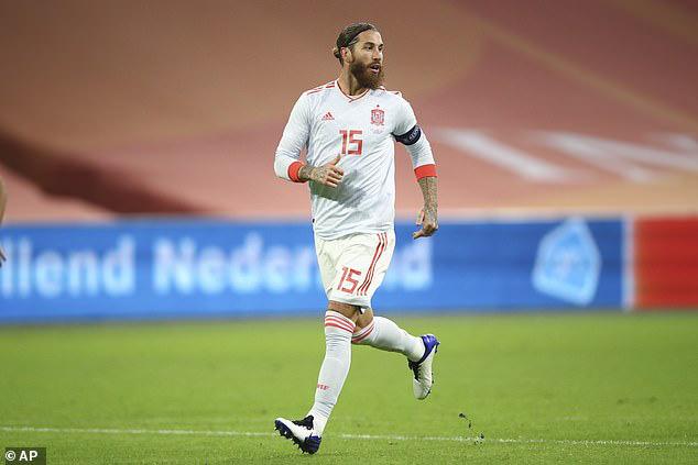 Ramos sắp đi vào lịch sử bóng đá thế giới.