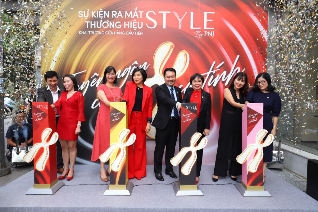 PNJ trình làng thương hiệu trang sức và phụ kiện dành cho giới trẻ - Ảnh 1.