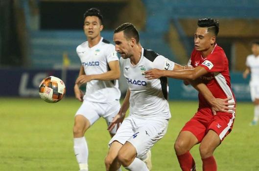 7 cầu thủ gây thất vọng nhất V.League 2020: Điểm tên ngôi sao Việt kiều - Ảnh 1.