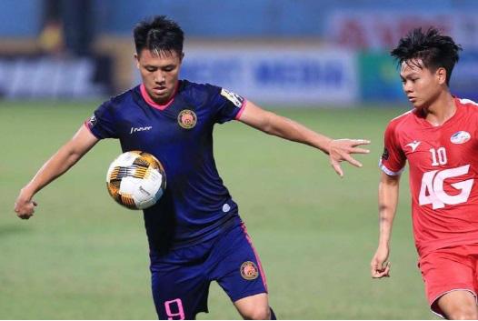 7 cầu thủ gây thất vọng nhất V.League 2020: Điểm tên ngôi sao Việt kiều - Ảnh 4.