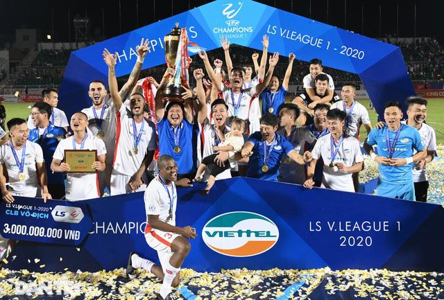 """Viettel vô địch V.League, bầu Đức bất ngờ nhắc tới """"liên minh 5 người ốm"""" - Ảnh 3."""