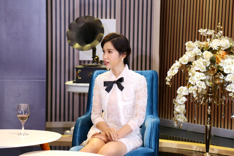 Hoa hậu Đỗ Nhật Hà thừa nhận bị tình đầu bỏ rơi ngay khi biết cô là người chuyển giới - Ảnh 3.