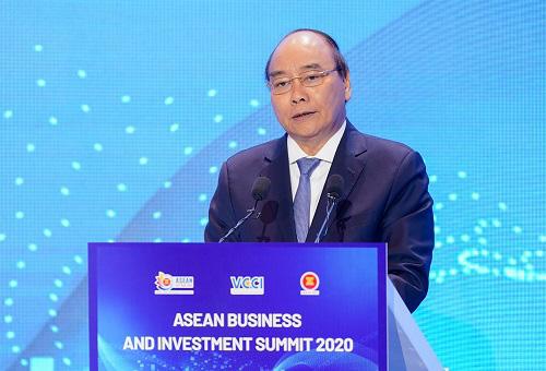 Thủ tướng Nguyễn Xuân Phúc: Đặt người dân và doanh nghiệp vào vị trí trung tâm của sự phát triển - Ảnh 1.