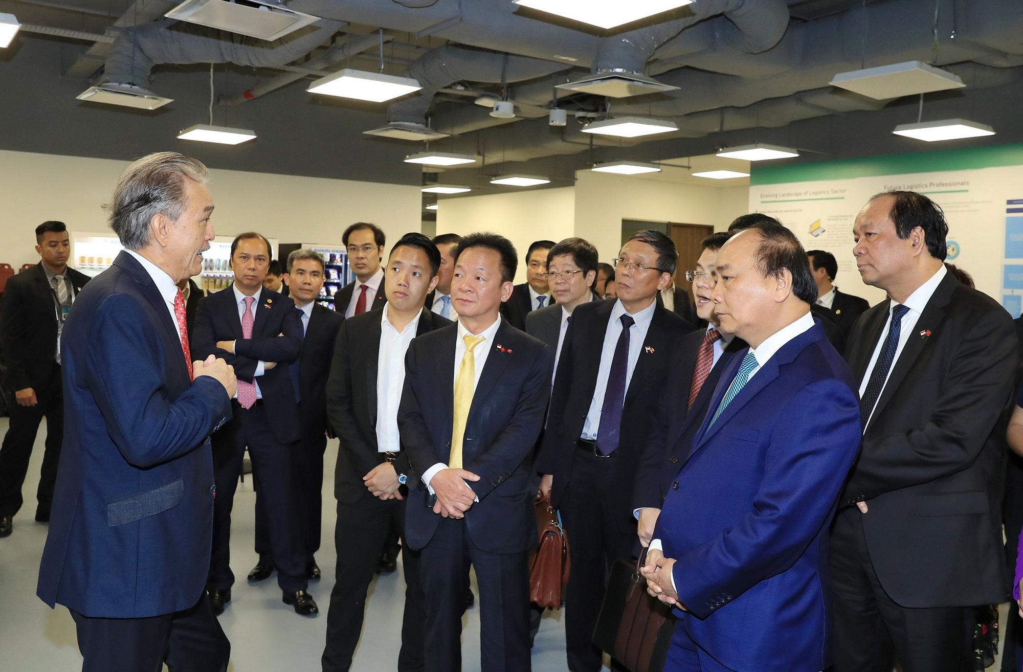 """Thủ tướng khởi động mạng lưới Logistics thông minh ASEAN với dự án đầu tiên """"Trung tâm Logistics ICD Vĩnh Phúc"""" - Ảnh 3."""