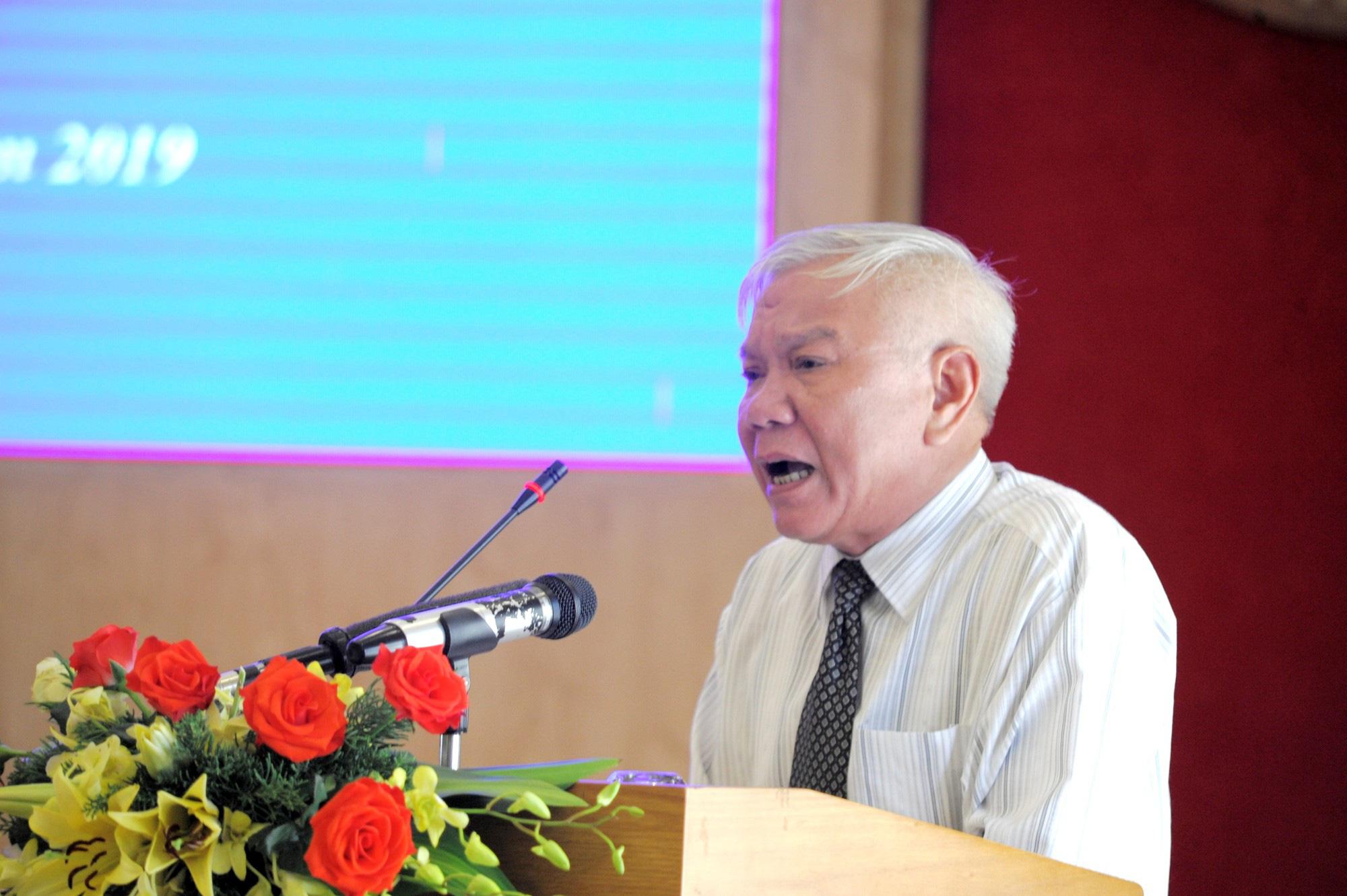 Sau kỷ luật cảnh cáo, Giám đốc Sở Xây dựng Khánh Hòa nghỉ hưu trước tuổi - Ảnh 1.